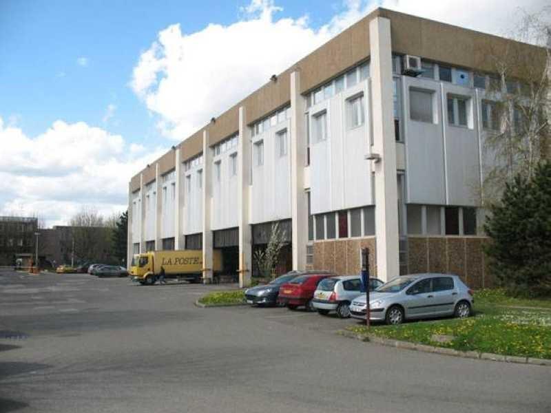 Vente Local d'activités / Entrepôt Montigny-le-Bretonneux 0