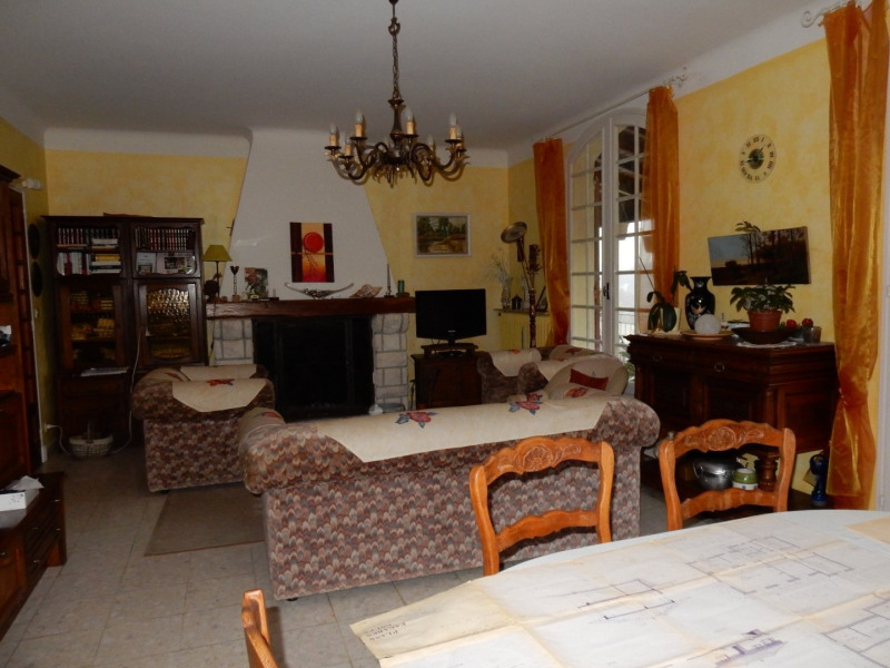 Sale house / villa Pont du casse 214 000€ - Picture 4
