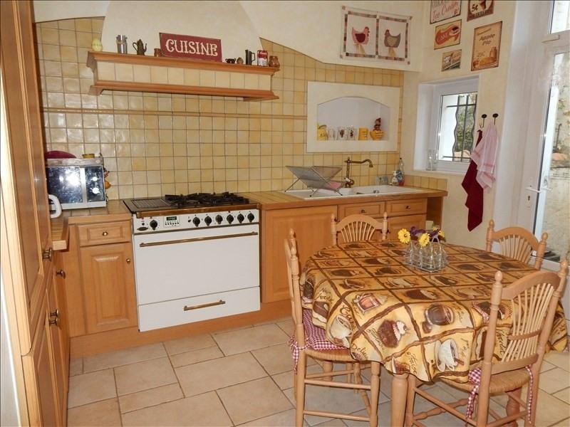 Sale house / villa Melun 320000€ - Picture 5