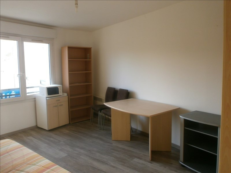 Location appartement Jouy le moutier 630€ CC - Photo 1