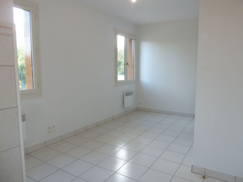 Location appartement Ramonville-saint-agne 380€ CC - Photo 1