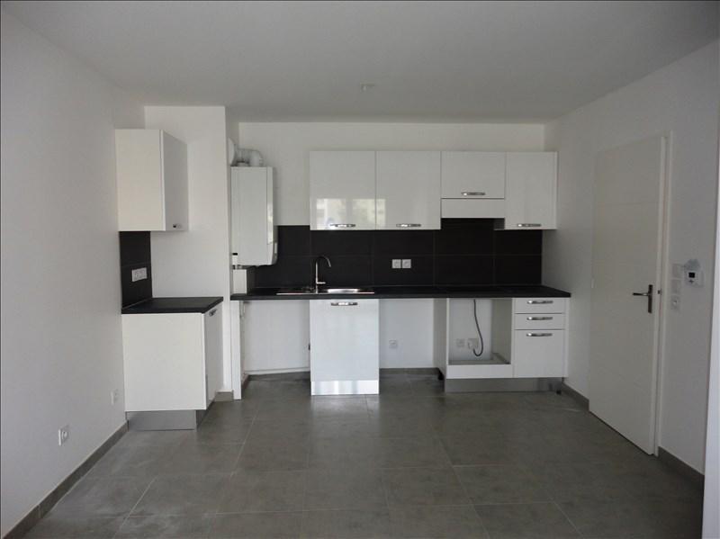 Location appartement Toulon 574€ CC - Photo 3