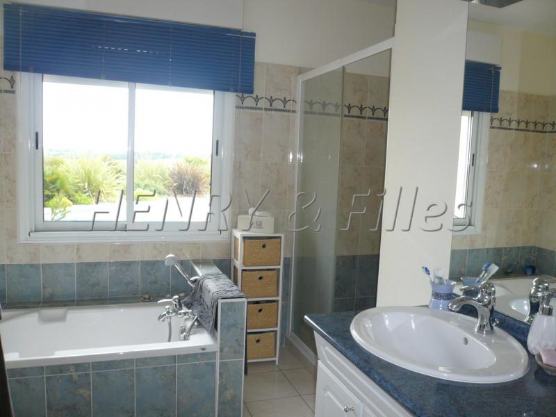 Sale house / villa L'isle jourdain 5 km 388000€ - Picture 9