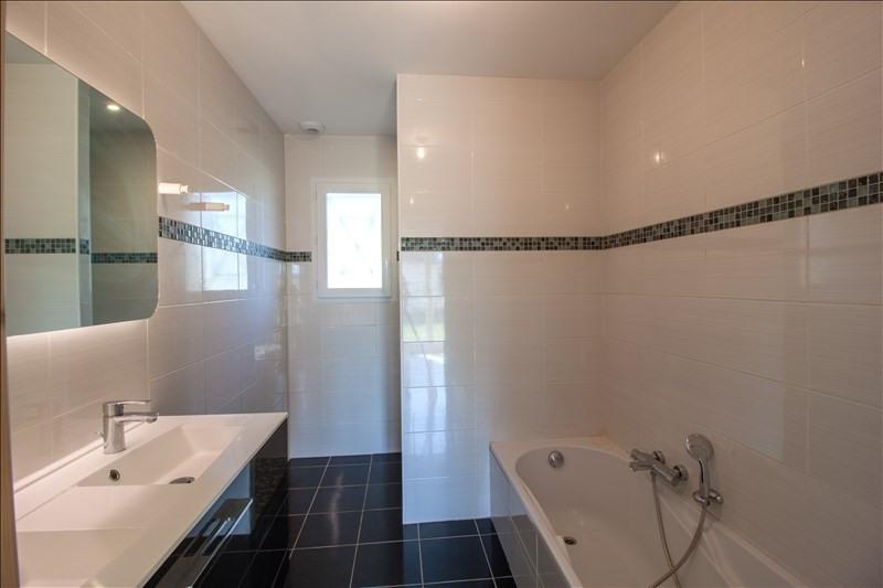 Sale house / villa Lescar 242000€ - Picture 10