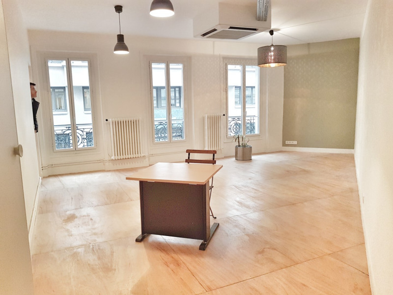 Location bureau Paris 9ème 4 250€ HT/HC - Photo 2