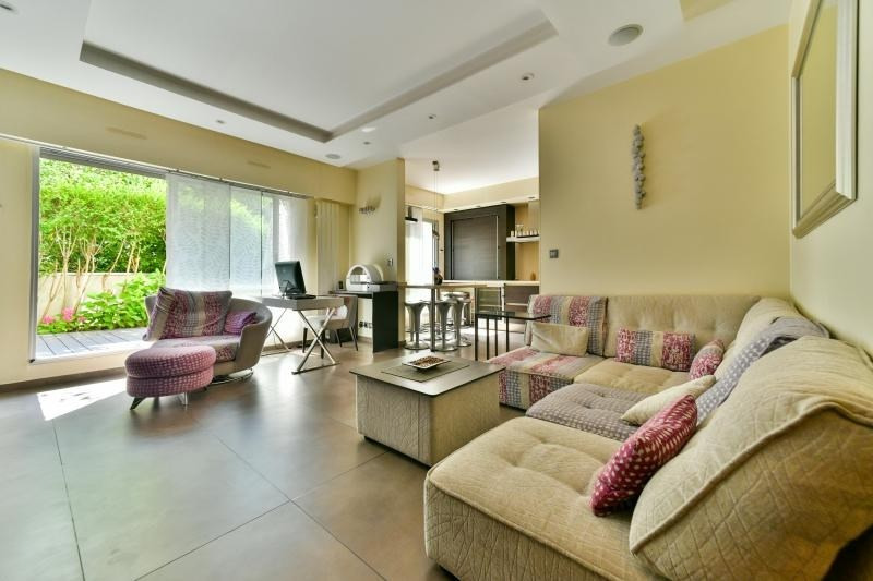 Sale apartment Suresnes 660000€ - Picture 1