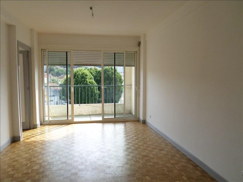 Rental apartment Angoulême 448€ CC - Picture 1