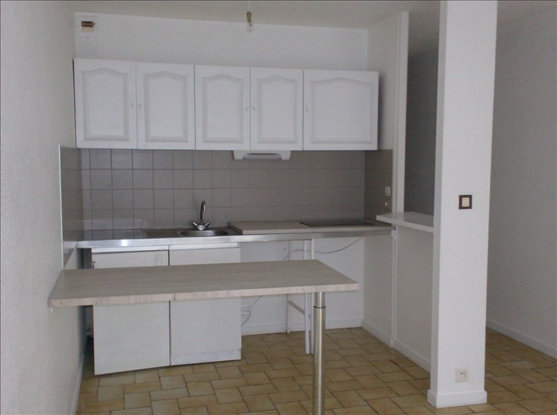 Location appartement Perigueux 290€ CC - Photo 1