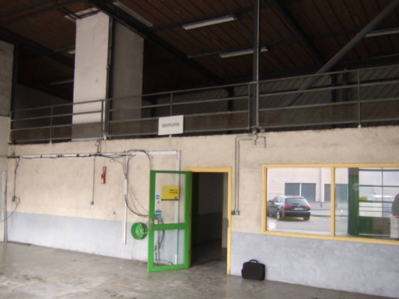 Location local commercial Avignon 3 842€ CC - Photo 3