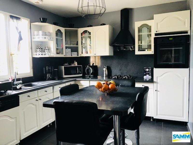 Vente maison / villa Fontenay le vicomte 305000€ - Photo 2