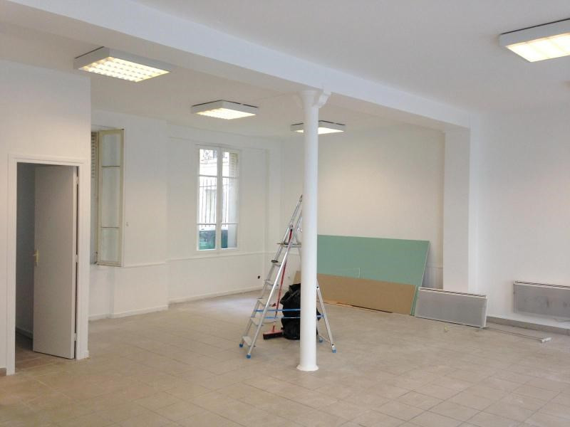 Location bureau Paris 20ème 1 410€ CC - Photo 3