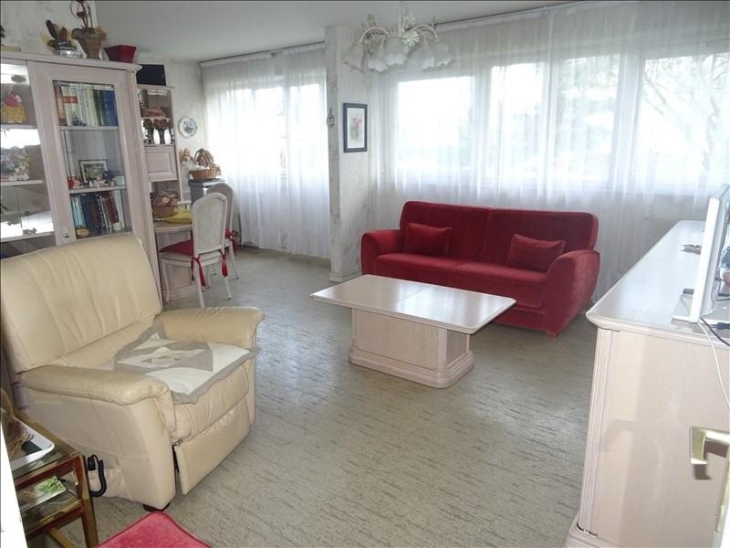 Sale apartment Le plessis bouchard 242200€ - Picture 1