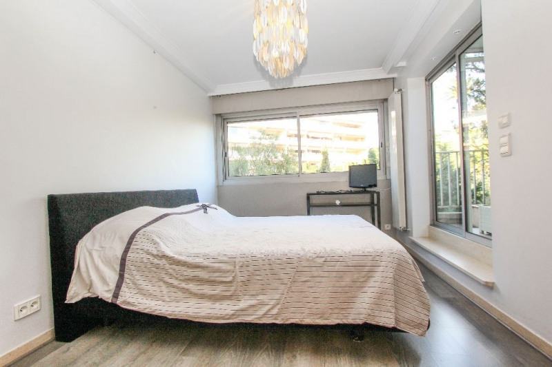 Deluxe sale apartment Antibes 998 000€ - Picture 6