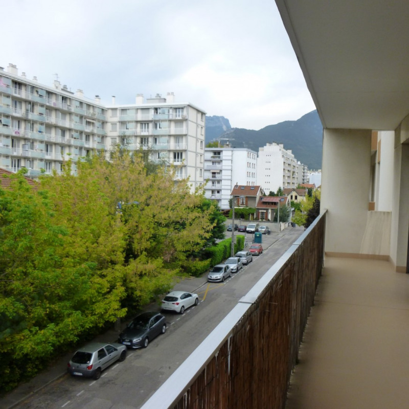 Location appartement Grenoble 620€ CC - Photo 2