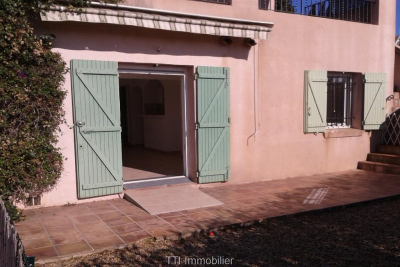 Rental apartment Sainte maxime 1 150€ CC - Picture 2