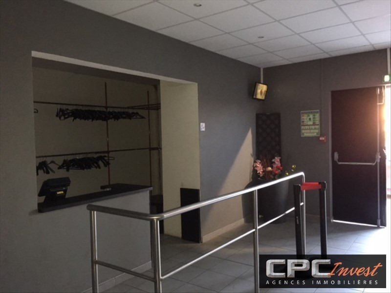 Sale empty room/storage Lescar 231000€ - Picture 3