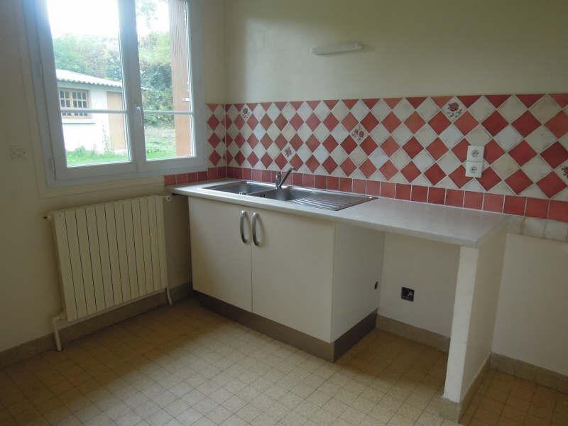 Location maison / villa Neufchelles 655€ +CH - Photo 2