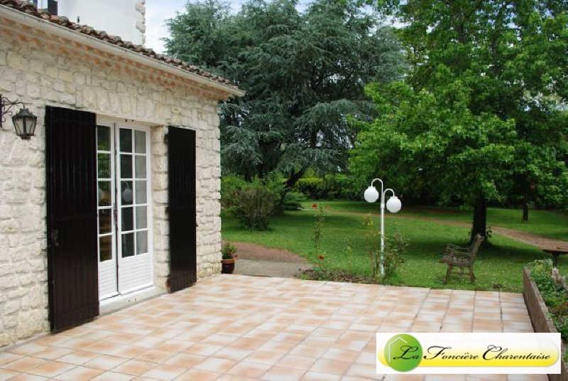 Sale house / villa Mornac 228000€ - Picture 2