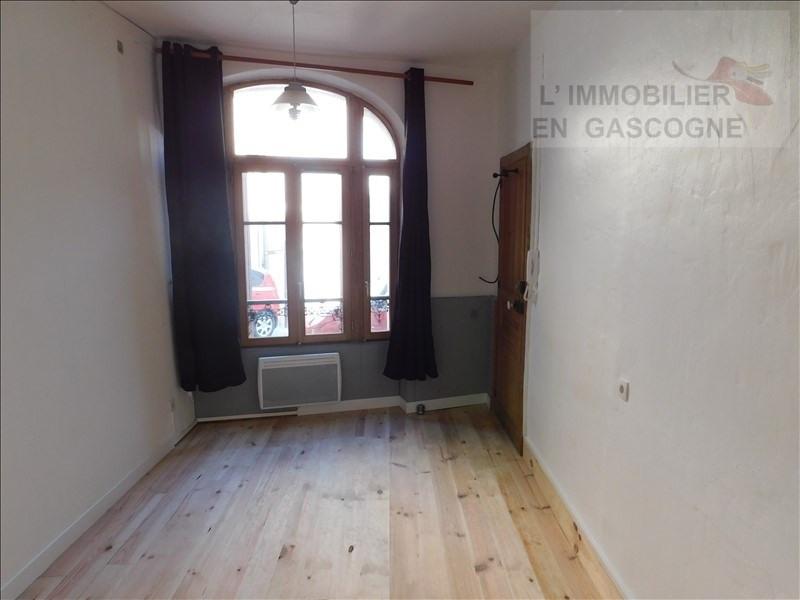 Rental apartment Auch 280€ CC - Picture 1