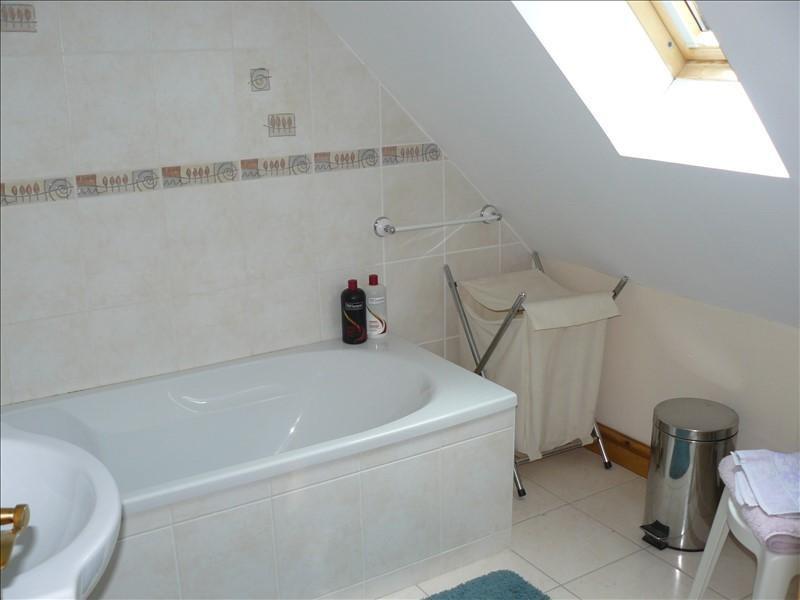 Sale house / villa Josselin 252250€ - Picture 10