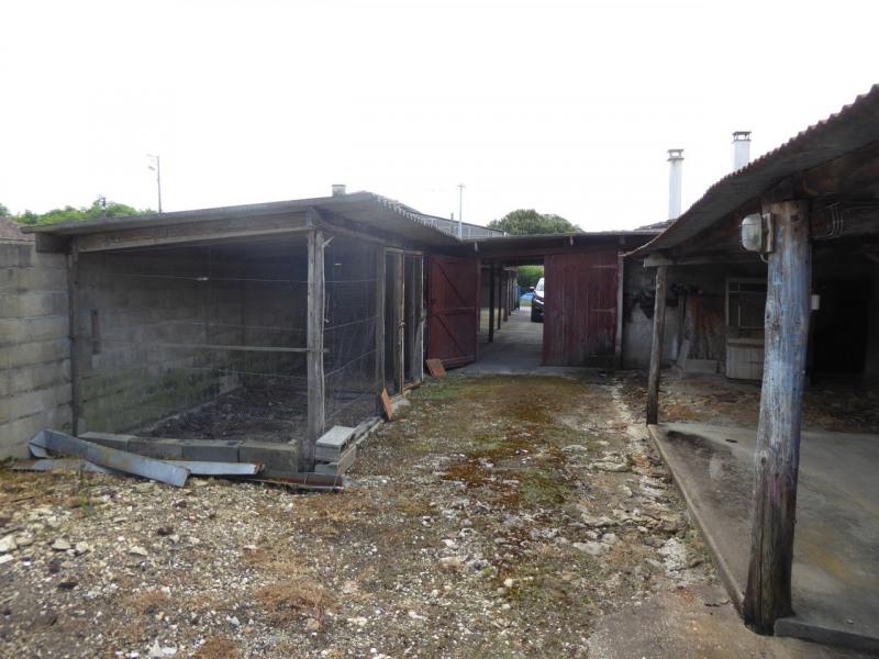 Vente maison / villa Burie 117480€ - Photo 10