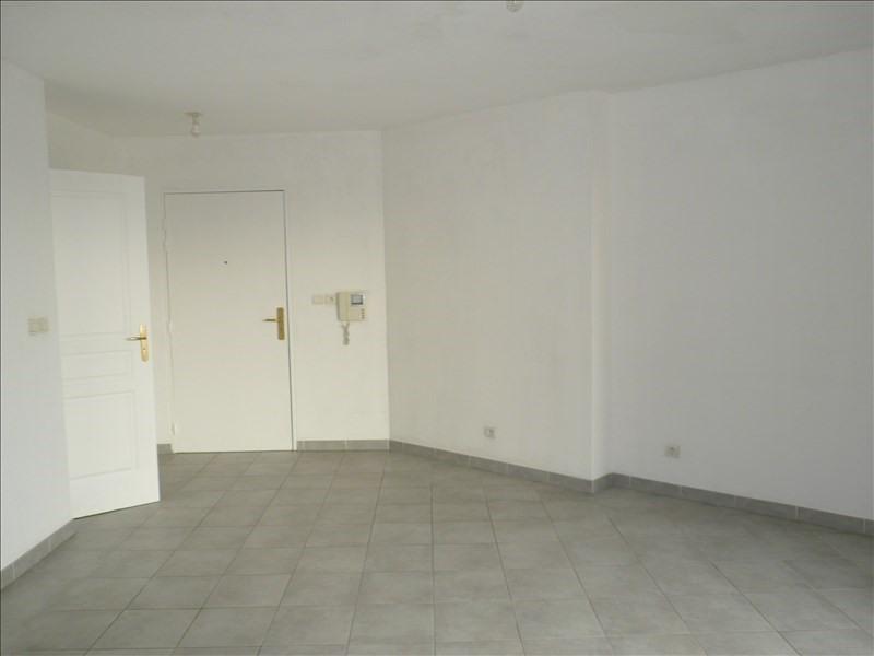 Location appartement La seyne sur mer 649€ CC - Photo 3