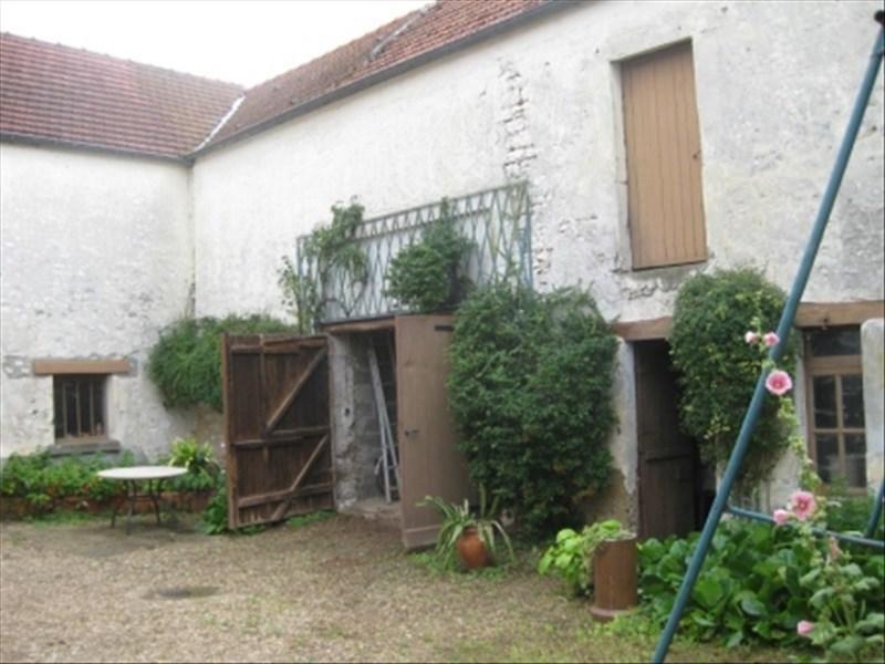 Sale house / villa Guernes 294000€ - Picture 1