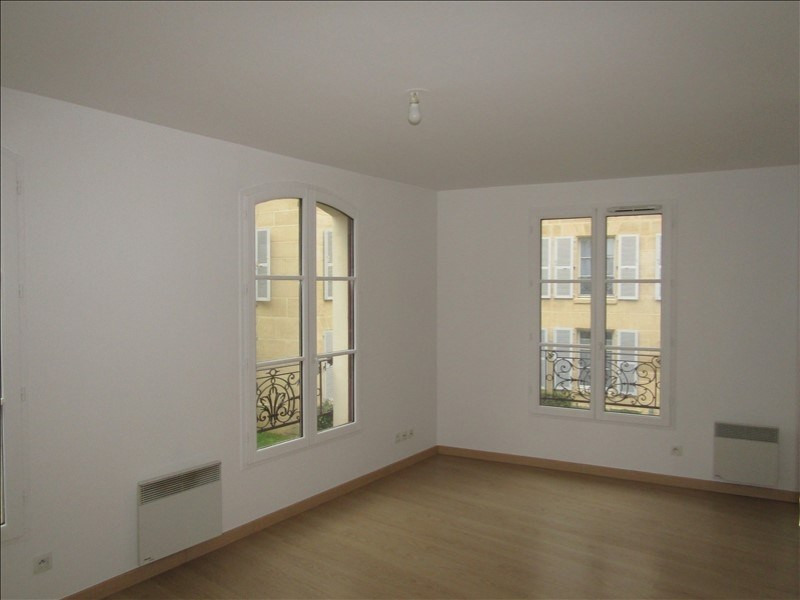 Rental apartment Pontoise 745€ CC - Picture 3