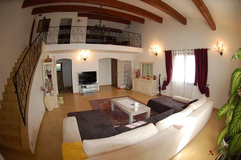 Vente maison / villa Ollioules 451000€ - Photo 2