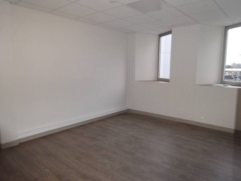 Rental office Avignon 3 000€ CC - Picture 4