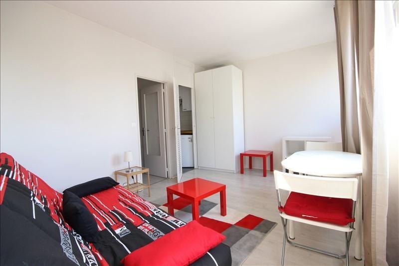 Location appartement Asnieres-sur-seine 750€ CC - Photo 5
