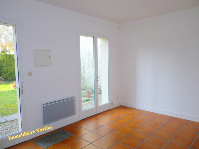 Location appartement Senlis 470€ CC - Photo 3