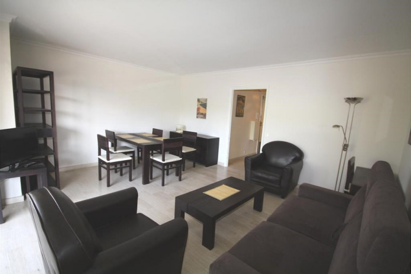 Sale apartment Juan les pins 398 000€ - Picture 3
