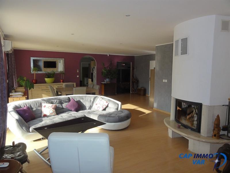 Vente maison / villa Meounes-les-montrieux 499000€ - Photo 8