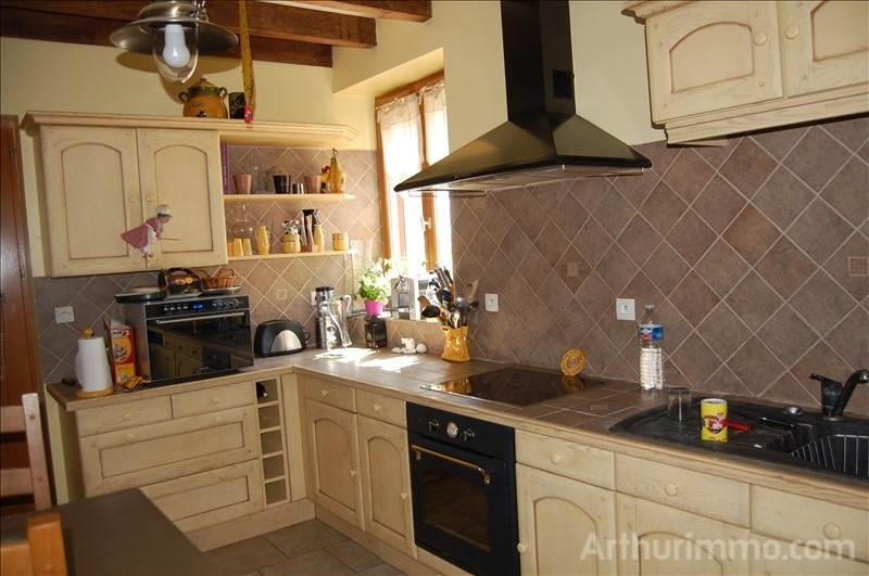 Sale house / villa Feux 135000€ - Picture 3