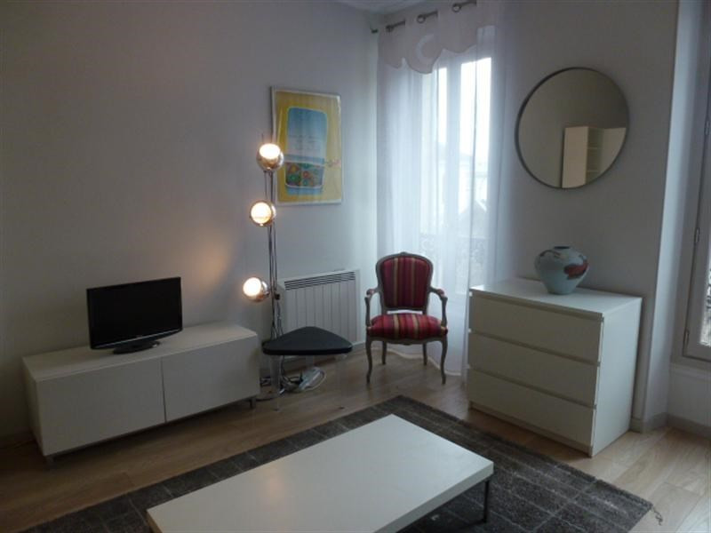 Rental apartment Fontainebleau 836€ CC - Picture 3