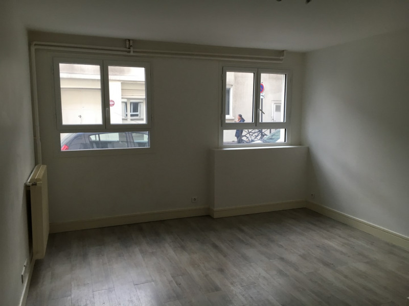 Vente local commercial Paris 15ème 695 000€ - Photo 2