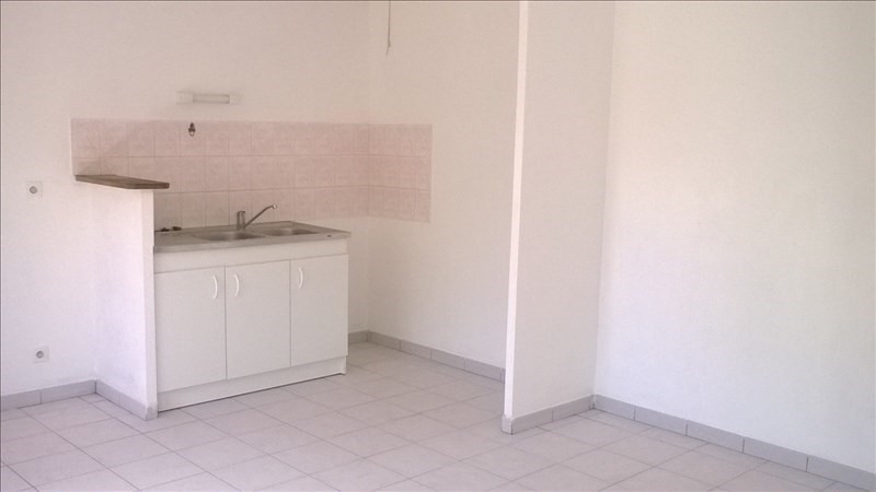 Location appartement Chavagne 430€ CC - Photo 1