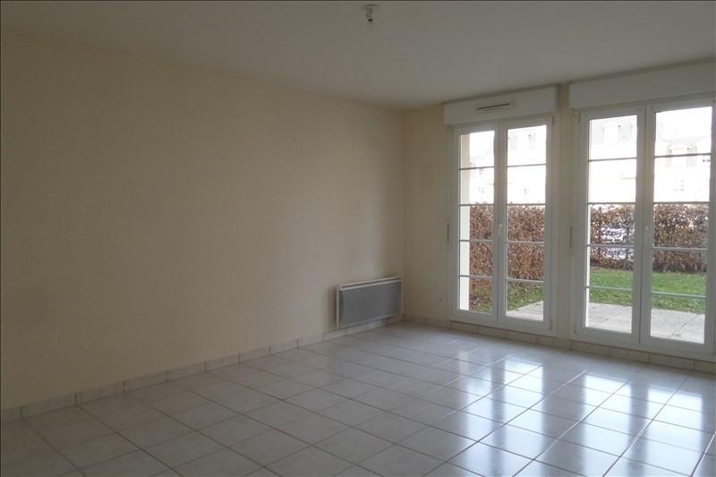 Location appartement Falaise 453€ CC - Photo 1