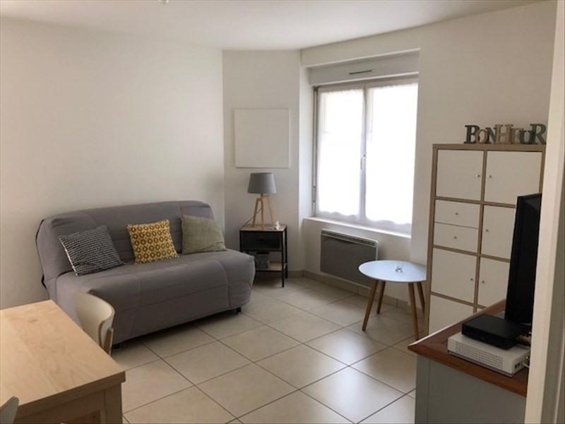 Location appartement Verrieres le buisson 805€ CC - Photo 1