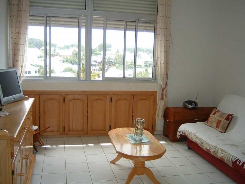 Sale apartment Saint-pierre 151 200€ - Picture 2
