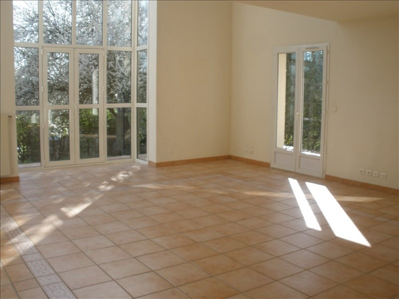 Location maison / villa Parmain 2 150€ CC - Photo 3
