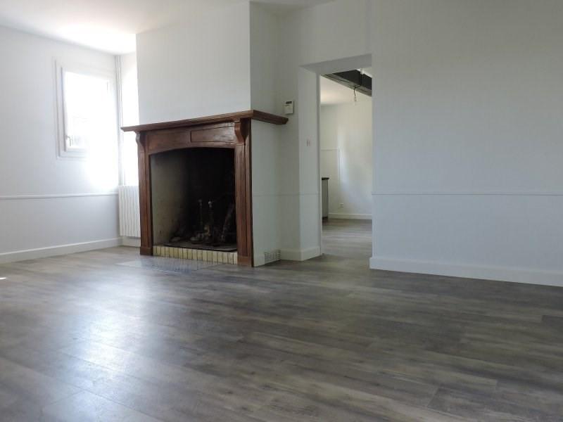 Rental house / villa Le passage 950€ CC - Picture 5