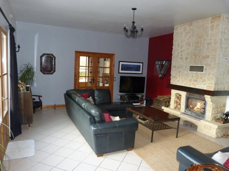 Sale house / villa Meyrals 369000€ - Picture 7