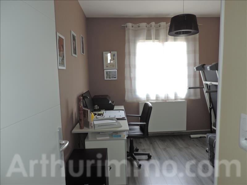 Sale house / villa St sauveur 230000€ - Picture 8