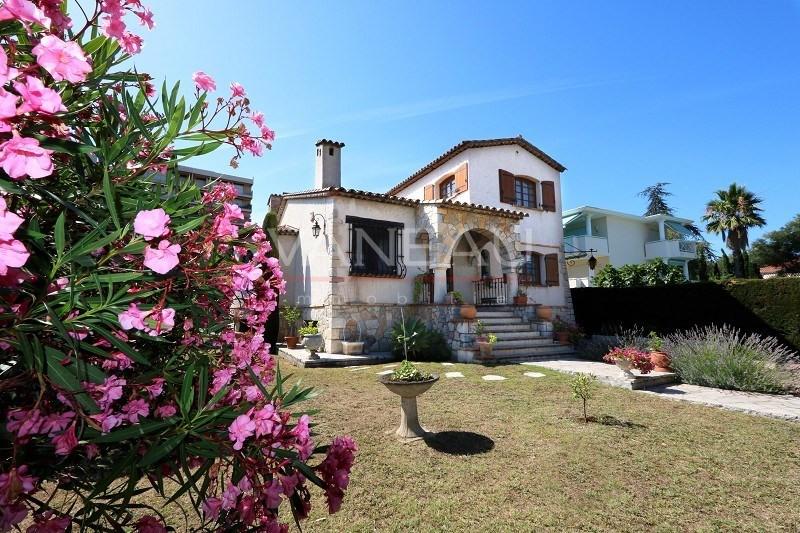 Vente de prestige maison / villa Juan-les-pins 965000€ - Photo 12