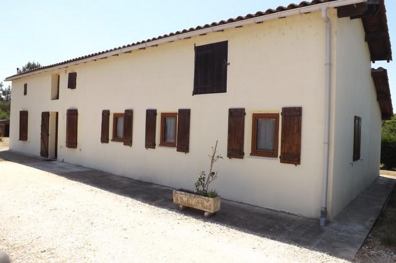 Sale house / villa Montpon menesterol 144000€ - Picture 2