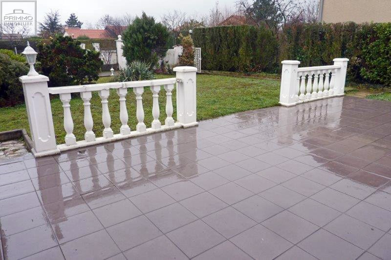 Rental house / villa Ecully 1800€ CC - Picture 2