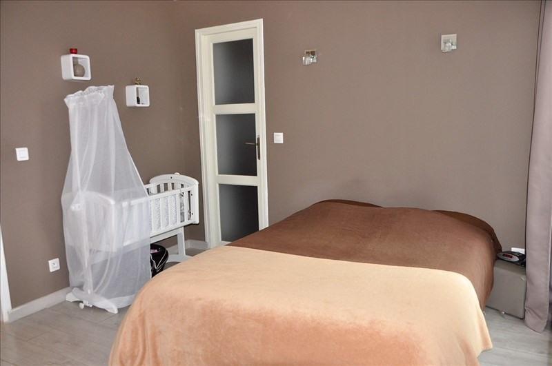 Sale house / villa Vaux le penil 215000€ - Picture 3