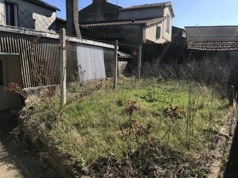 Sale house / villa Le fief sauvin 59900€ - Picture 4